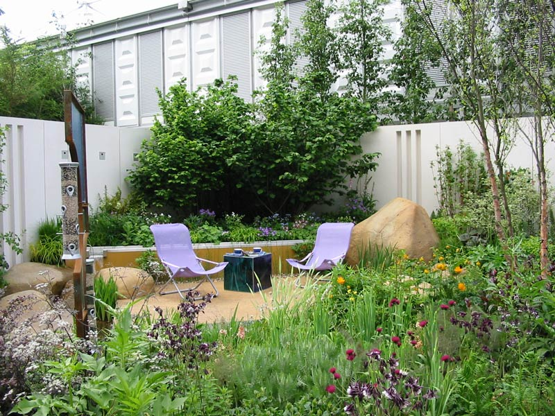 Garden spaces. Mike Toms