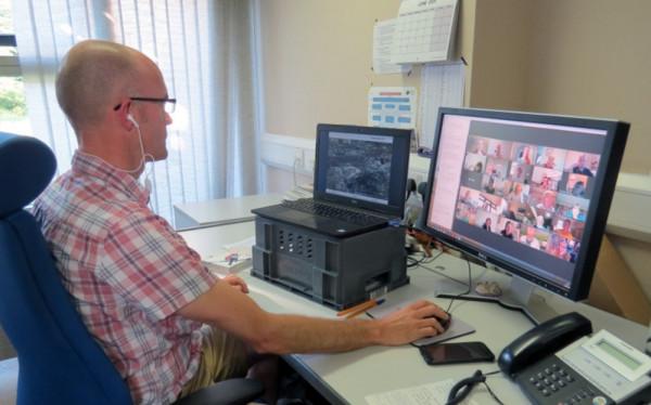 Nick Moran running virtual training